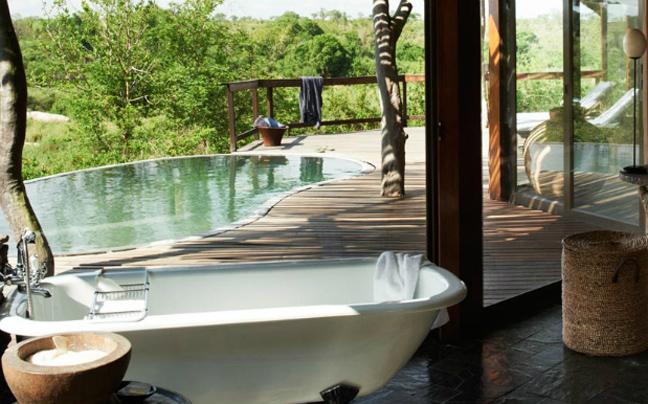 Perierga.gr - Μπάνιο με θέα στα ομορφότερα τοπία