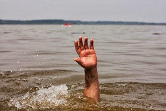 perierga.gr- 10 νερά που δεν θα θέλατε να βουτήξετε!