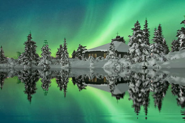 Εκπληκτικής ομορφιάς εικόνες από το Βόρειο Σέλας