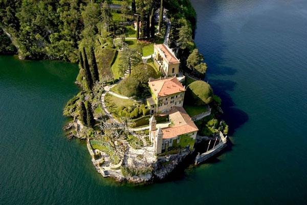 Η διάσημη (και πανέμορφη) Villa del Balbianello στη λίμνη Κόμο!