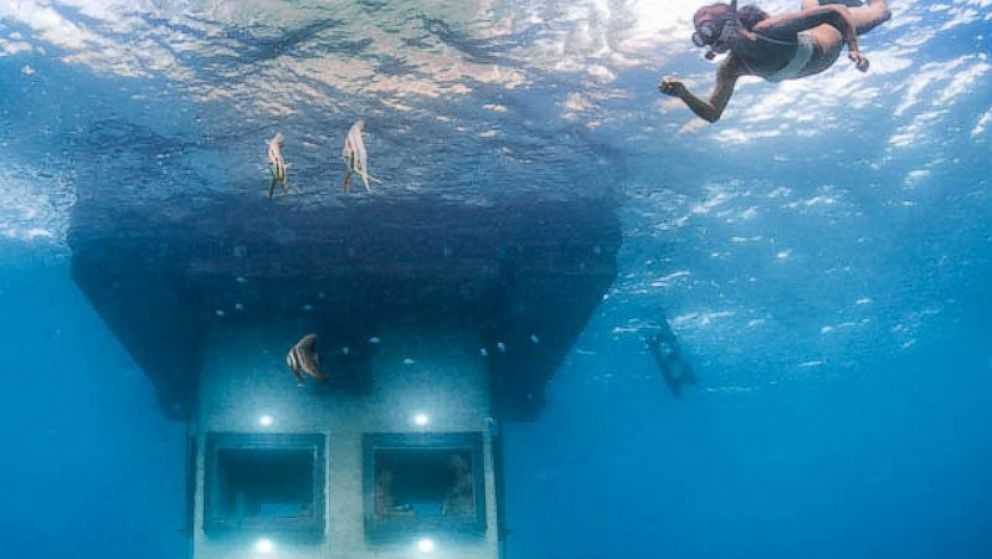 perierga.gr - Manta Resort: Ένα δωμάτιο ξενοδοχείου κάτω από το νερό!