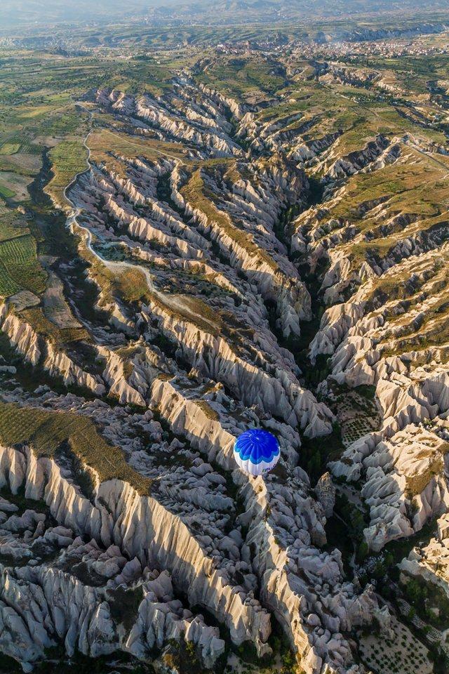 perierga.gr - Η θέα από ψηλά με τα μάτια ενός πτηνού!