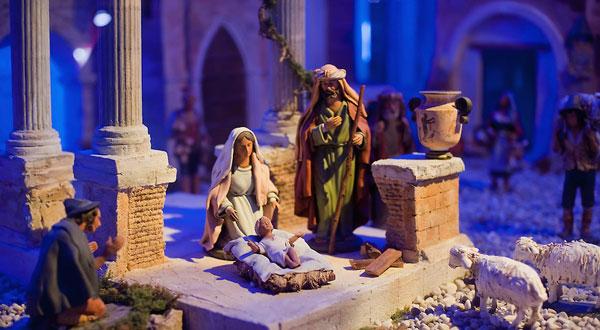 perierga.gr - Χριστουγεννιάτικα έθιμα απ' όλο τον κόσμο!