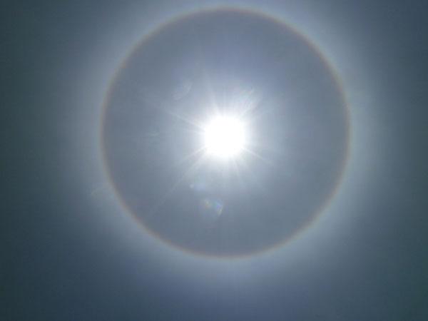 Perierga.gr - Το ουράνιο τόξο είναι... κυκλικό!