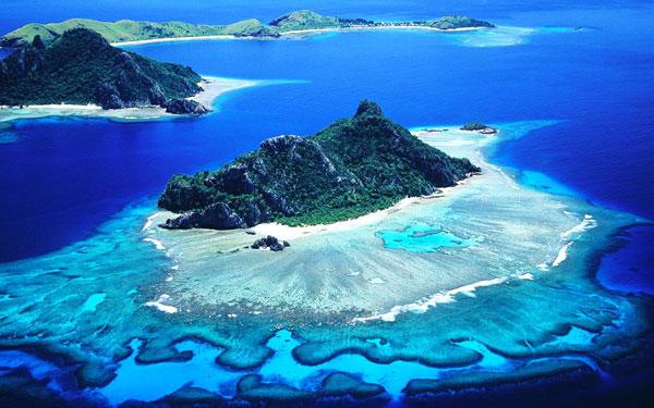 perierga.gr - Ποιο νησί ψηφίζεται επί 20 χρόνια ως το καλύτερο στον κόσμο;