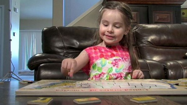 Perierga.gr - Ιδιοφυΐα 3 ετών με IQ 160 έγινε δεκτή στη Mensa
