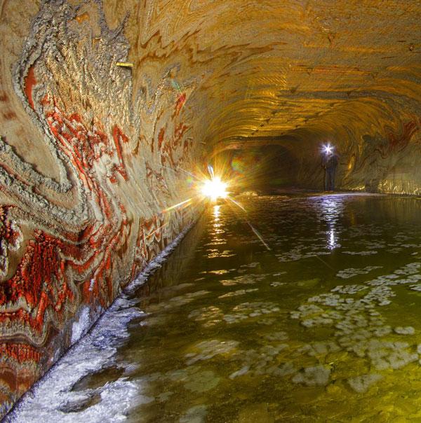 perierga.gr - Αλατωρυχείο… υπόγεια γκαλερί Τέχνης!