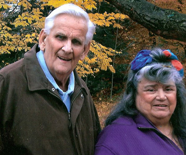 perierga.gr - 60 χρόνια παντρεμένοι, πέθαναν με 1 ώρα διαφορά!