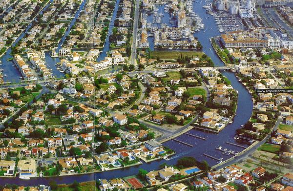 perierga.gr - Empuriabrava: Η «Βενετία» της Ισπανίας!