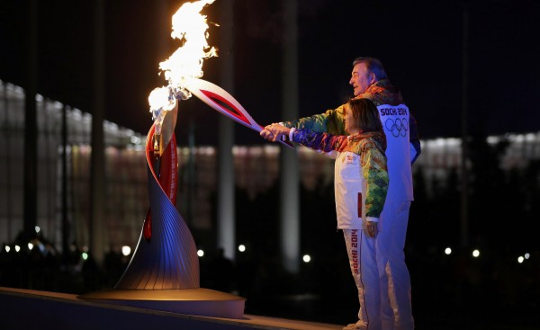 Perierga.gr - Υπερθέαμα στην έναρξη των χειμερινών Ολυμπιακών Αγώνων