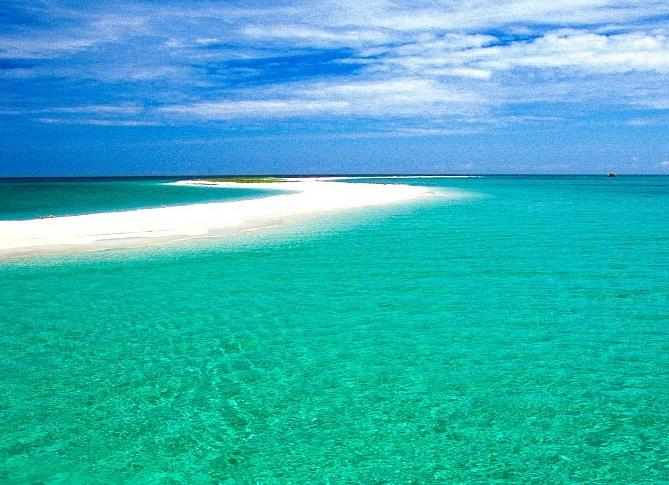 perierga.gr - 10 από τα πιο καθαρά νερά στον κόσμο!