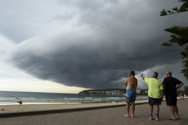 perierga.gr - Τρομακτική καταιγίδα στον ουρανό του Σίδνεϊ!