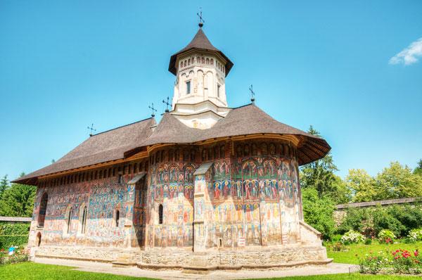 perierga.gr - Τα ζωγραφισμένα μοναστήρια της Ρουμανίας!