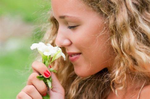 perierga.gr - Ένα 1 τρισεκατομμύριο μυρωδιές διακρίνει η ανθρώπινη μύτη!