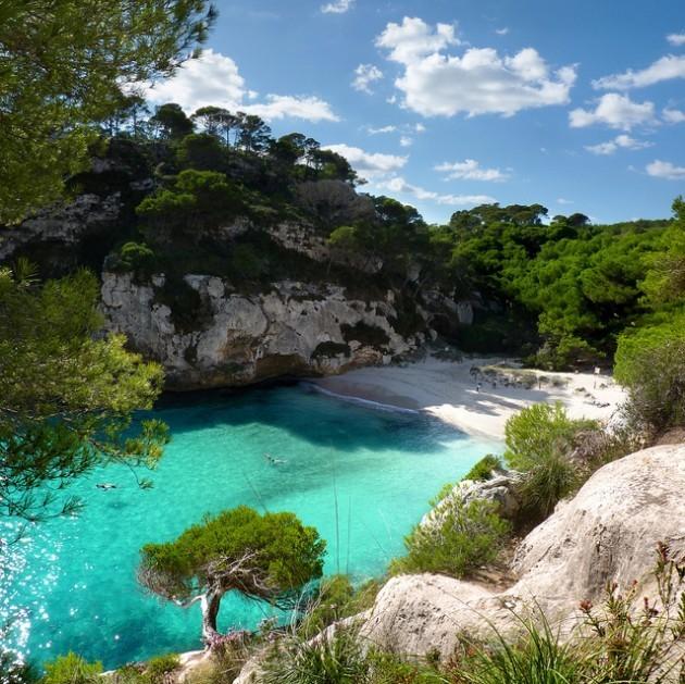 perierga.gr - Βουτώντας στα πιο γαλανά νερά του κόσμου!