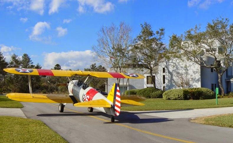 perierga.gr - Spruce Creek: Εκεί που όλοι διαθέτουν αεροπλάνο!