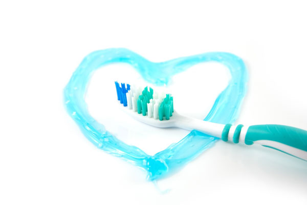 15 άγνωστες χρήσεις της οδοντόκρεμας!