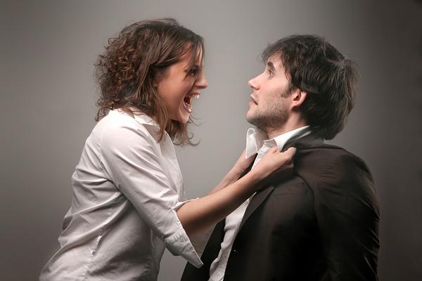perierga.gr - Οι γυναίκες «είναι οι αληθινοί δυνάστες στη σχέση»!