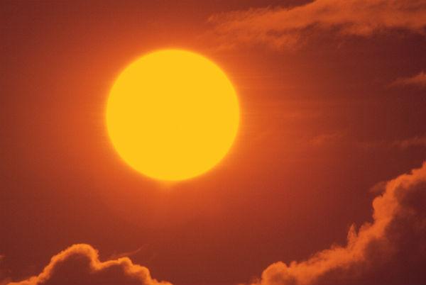 Perierga.gr - Θερινό Ηλιοστάσιο: Η μεγαλύτερη μέρα του χρόνου