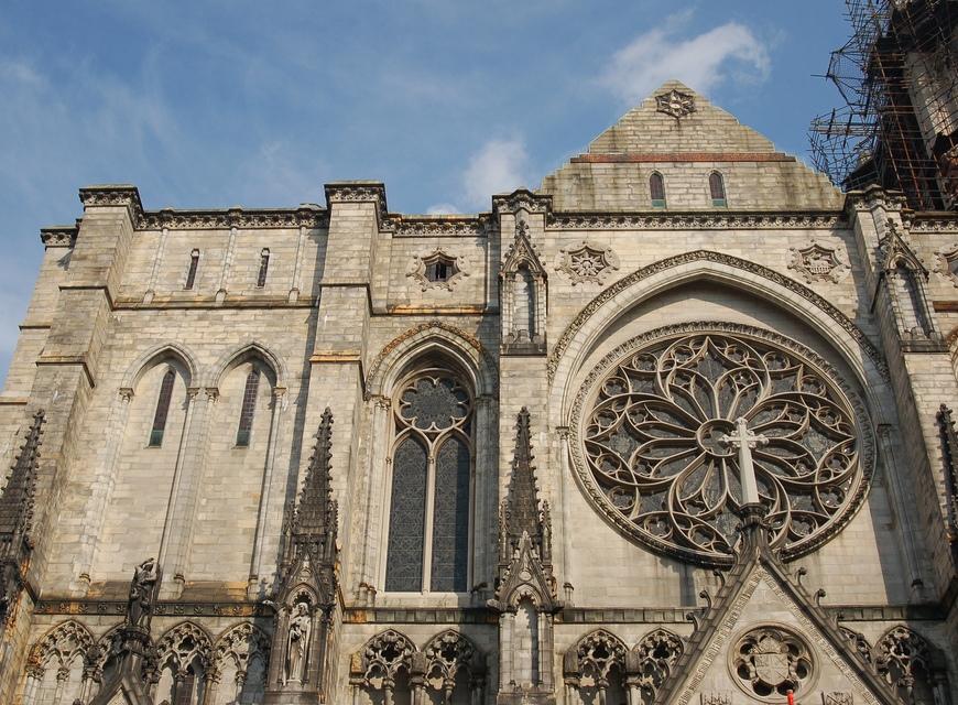 Perierga.gr - Οι μεγαλύτεροι χριστιανικοί ναοί στον κόσμο