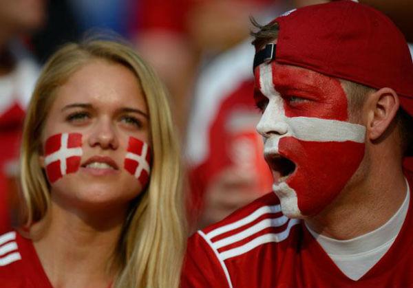 Perierga.gr - Ευτυχισμένοι... εκ γενετής οι Δανοί