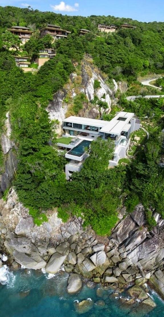 perierga.gr - 10+1 εντυπωσιακά σπίτια… κρέμονται στα βράχια!