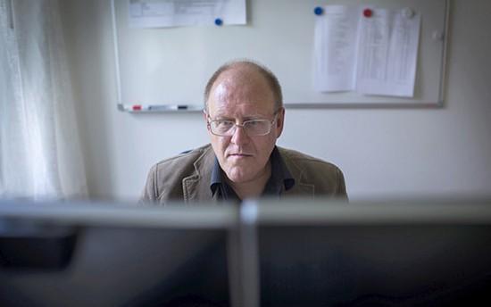 """perierga.gr - Αυτός ο Σουηδός έχει """"γράψει"""" 2,7 εκατομμύρια άρθρα της Wikipedia!"""