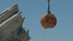 perierga.gr - Το μεγαλύτερο ξύλινο γιο-γιο στον κόσμο! (βίντεο)
