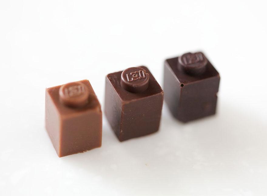 perierga.gr - Τουβλάκια LEGO από σοκολάτα!