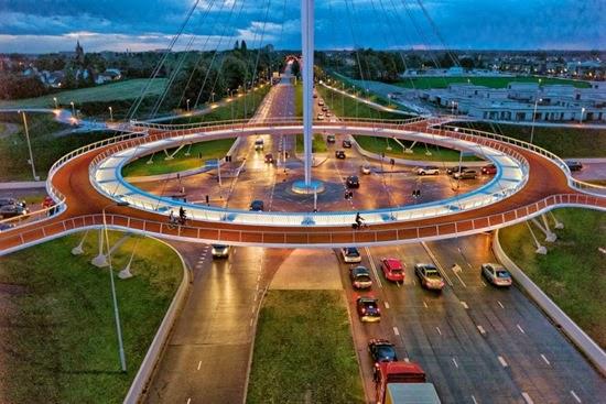 "perierga.gr - 7 πόλεις ""αλλάζουν"" όψη για τους ποδηλάτες!"