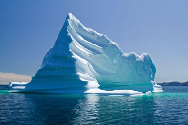 Perierga.gr - Μπορεί ένα παγόβουνο να φθάσει ως τον Ισημερινό;