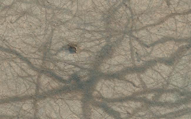 perierga.gr - Ο μακρινός Άρης είναι πανέμορφος!