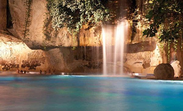 perierga.gr - Το μεγαλύτερο πάρκο νερού της Ευρώπης!
