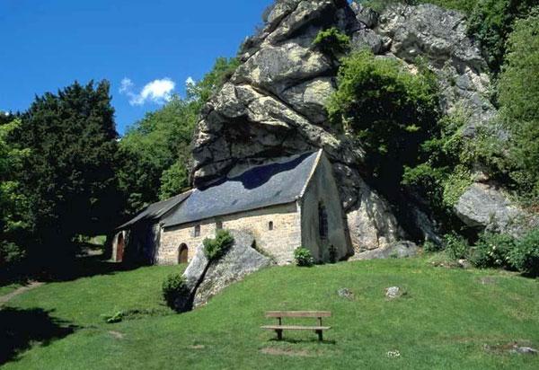 perierga.gr - Παράξενες εκκλησίες προκαλούν εντύπωση!