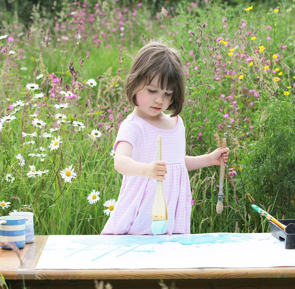 perierga.gr - 5χρονη αυτιστική ζωγραφίζει μοναδικούς πίνακες!