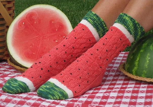 perierga.gr - Κάλτσες & καλσόν με πρωτότυπα σχέδια!