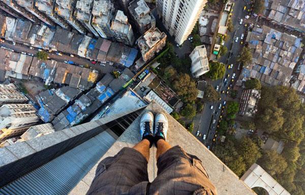perierga.gr - Αυτοί οι άνθρωποι δεν φοβούνται τα ύψη!