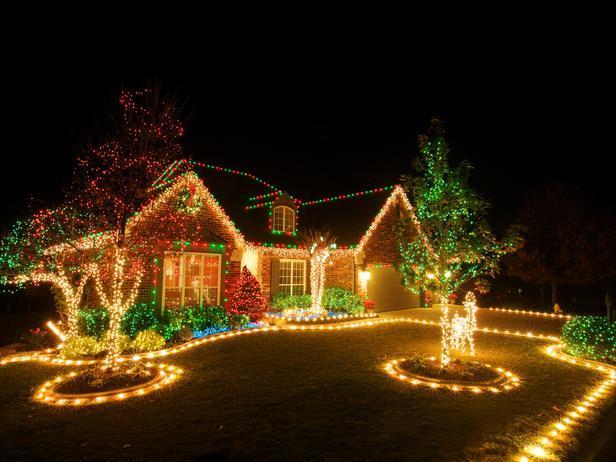 perierga.gr - Γιορτάζουν τα Χριστούγεννα νωρίτερα για τον γείτονα τους!