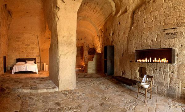 perierga.gr - La Grotta della Civita: Απίθανο ξενοδοχείο σε σπηλιά!