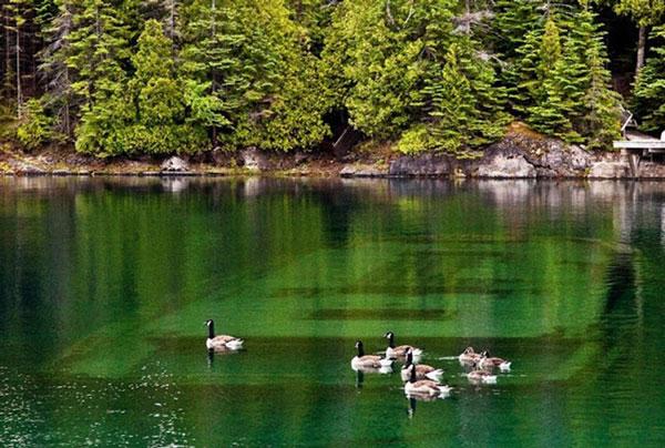 perierga.gr - Οι 10 μεγαλύτερες λίμνες στον κόσμο!