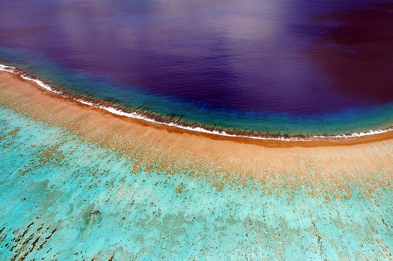 perierga.gr - Ο παράδεισος της Πολυνησίας από ψηλά!