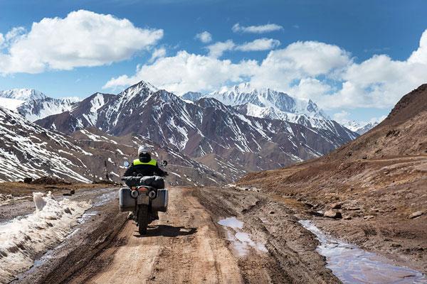 perierga.gr - Οδική περιπέτεια από την Ολλανδία στο Νεπάλ!