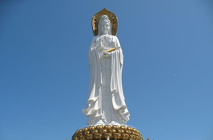 perierga.gr - 20 πανύψηλα αγάλματα στον κόσμο!