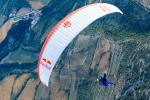 perierga.gr - Ήχοι στον αέρα κάνοντας αερόστατο πλαγιάς!