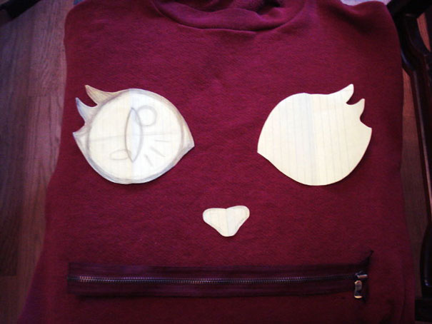 perierga.gr - Μεταμορφώστε το παλιό φούτερ με ένα φερμουάρ!