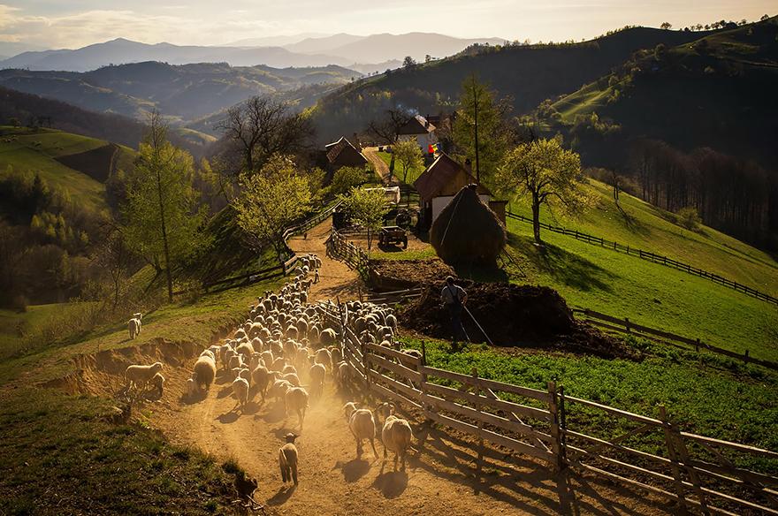 perierga.gr - Καταπληκτικά τοπία στη Ρουμανία!