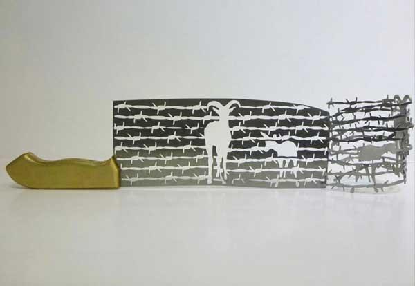 perierga.gr - Πρωτότυπα γλυπτά σε λάμες μαχαιριών!
