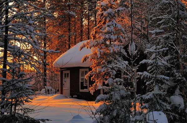 perierga.gr - Μοναχικά σπίτια σε χειμωνιάτικο σκηνικό!