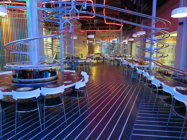 perierga.gr - Hi-tech εστιατόριο στο Αμπού Ντάμπι!