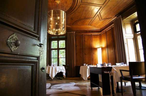 perierga.gr - Πανέμορφο ελβετικό εστιατόριο σε κάστρο!